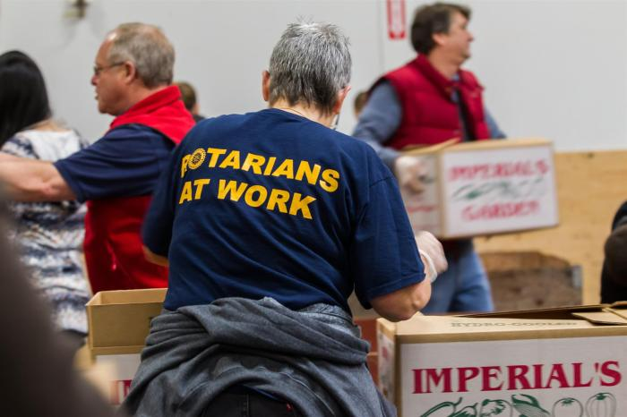 Rotarians-community-service